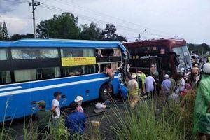 Kon Tum: Ít nhất 7 người nhập viện sau va chạm giữa 2 xe khách