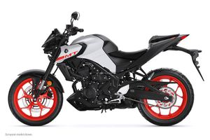 Honda CB300R có thêm đối thủ đáng gờm từ Yamaha, giá rẻ bất ngờ