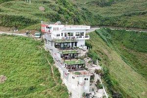 Hà Giang nói gì về công trình không phép trên đỉnh Mã Pì Lèng?