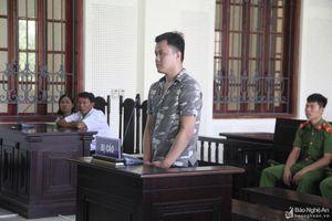 Đâm chết người trong quán ngô nướng, nam thanh niên ở Nghệ An lĩnh 16 năm tù