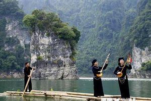 Hình ảnh khám phá vẻ đẹp lòng hồ thủy điện Lâm Bình
