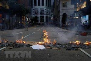 Tòa án Hong Kong buộc tội 7 đối tượng biểu tình quá khích