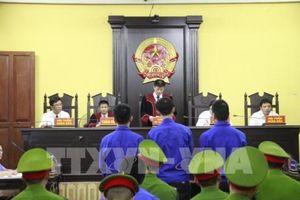 Hoãn phiên tòa xét xử nguyên cán bộ công an trộm vật chứng