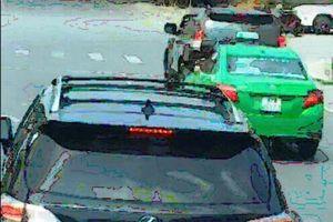 Lý giải bất ngờ của chủ xe Lexus chặn đầu xe cứu hỏa ở Nghệ An