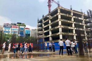 Phú Mỹ An ồ ạt mở bán dự án V.I.C Tower dù chưa có giấy phép xây dựng