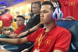 AOE Việt Trung hoãn vô thời hạn, game thủ lại vào giải Trung Việt