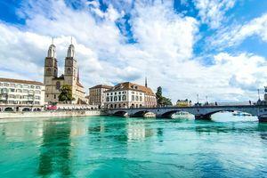 Một ngày trải nghiệm nét thơ mộng bên bờ Limmat, Zurich