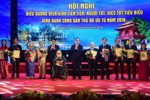 Hà Nội biểu dương 'Người tốt, việc tốt', vinh danh Công dân Thủ đô ưu tú năm 2019