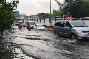 Người dân Sài Gòn nói gì khi nâng đường Nguyễn Hữu Cảnh để chống ngập?