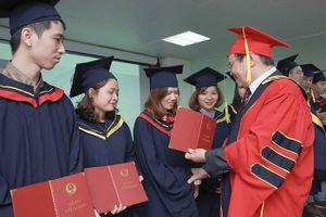 Bằng tốt nghiệp đại học sẽ không ghi xếp loại và hình thức đào tạo