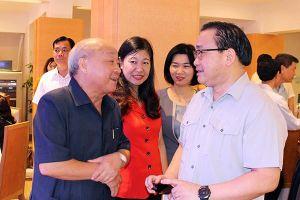 Gặp gỡ, tri ân văn nghệ sỹ, trí thức Hà Nội qua các thời kỳ nhân dịp 65 năm Ngày Giải phóng Thủ đô