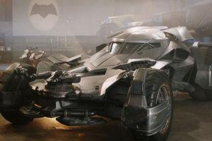 Siêu xe Batmobile chống đạn 'lên sàn' gần 20 tỷ đồng