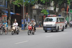 Nhiều tài xế Việt dính lỗi nặng phớt lờ xe ưu tiên