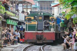 Hà Nội chỉ đạo xử lý dứt điểm 'xóm cafe đường tàu' trước ngày 12-10