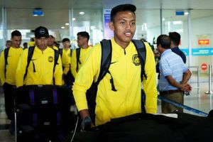 Malaysia đến Hà Nội, sẵn sàng thách thức tuyển Việt Nam