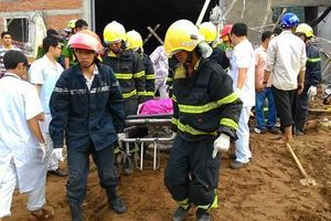 Sập công trình tháo dỡ trường học ở TP.HCM, một công nhân tử vong