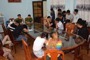 Quảng Nam: Liên tục phát hiện nhiều nam thanh nữ tú phê ma túy trong quán karaoke