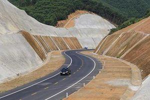 Thủ tướng yêu cầu xử lý cảnh báo 'sân trước sân sau' với Dự án cao tốc Bắc - Nam