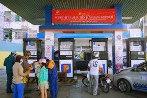 Giá xăng tiếp tục giảm trong ngày 7/10