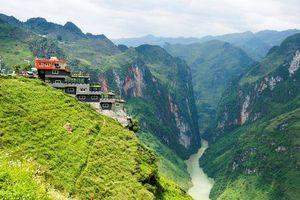Khách sạn đang bị lên án phá hoại cảnh quan hùng vĩ ở Hà Giang có gì đặc biệt?