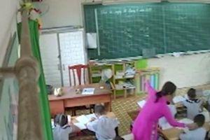 Sự việc cô giáo liên tục tát học sinh: Không có phương pháp giáo dục không nên làm thầy