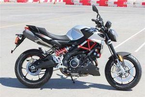 Aprilia Shiver 900 có gì đặc biệt để so kè với Ducati Hypermotard 950?