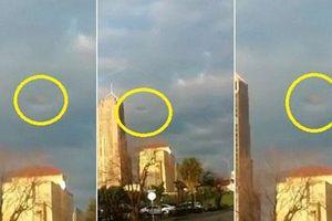Ảnh giống UFO ẩn hiện trong mây bão ở Texas gây sốt
