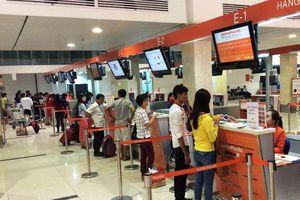 Các hãng hàng không 'tố nhau' niêm yết giá vé sai, Bộ Tài chính nói gì?