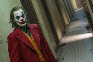 Tội phạm ấu dâm Gary Glitter vớ bẫm với bom tấn 'Joker'