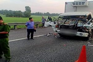 Hai cha con tử vong sau tai nạn thảm khốc trên cao tốc