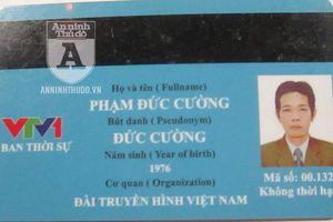 Mang thẻ nhà báo 'rởm' đến xin công an bỏ qua lỗi vi phạm cho người quen