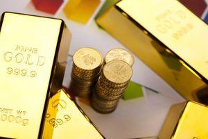 Giá vàng rớt mạnh, chờ đợi thông tin đàm phán Mỹ Trung (ngày 08/10)