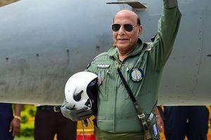 Ấn Độ nhận chiến đấu cơ Rafale đầu tiên của Pháp