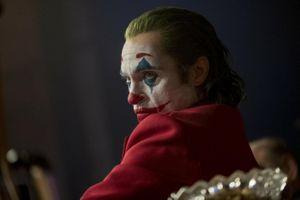'Joker' và gợi ý gây tranh cãi về mối quan hệ với Người Dơi