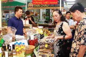 3 vạn lượt người tham quan, mua sắm tại hội chợ OCOP lần đầu tiên tại Hà Nội