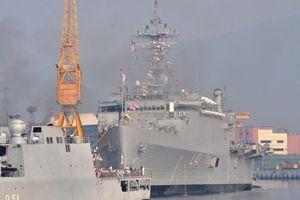 Ấn Độ mua tàu chiến Mỹ: Ràng buộc đủ đường, một lần 'tởn tới già'