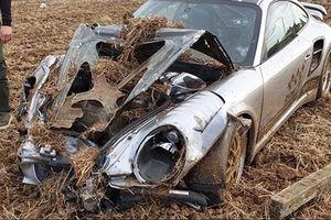 Porsche 911 gần 1.800 mã lực tai nạn ở tốc độ 145km/h