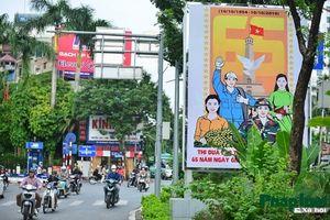 Hà Nội trang hoàng chào đón kỉ niệm 65 năm giải phóng Thủ đô