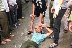 Hà Nội: Bắt đối tượng vô cớ dùng gậy sắt vụt người đi đường tử vong