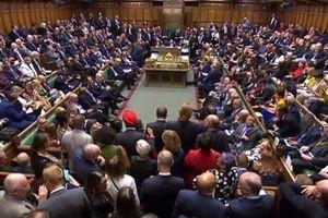Thủ tướng Anh đối mặt với cuộc nổi loạn mới của nội các