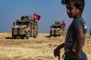 Cận cảnh chiến trường khốc liệt đang trên bờ vực bùng nổ ở Syria