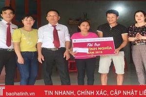 Hỗ trợ 80 triệu đồng làm nhà ở cho 2 phụ nữ nghèo ở Hương Khê