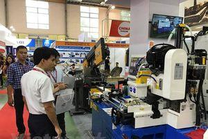 Việt Nam nhập siêu gần 28 tỷ USD từ Trung Quốc trong 9 tháng