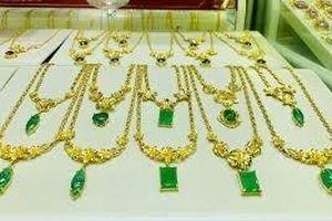 Giá vàng hôm nay 9/10: Vàng 9999, vàng SJC tăng gần nửa triệu đồng một lượng
