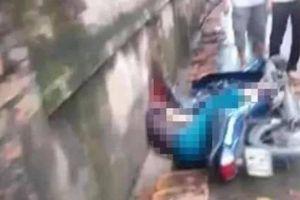 Hà Nội: Người đàn ông cầm gậy sắt vụt người đi xe máy tử vong tại chỗ