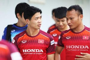 1 ngày trước cuộc tái đấu chung kết Đông Nam Á: Chủ nhà căng thẳng, khách lên gân