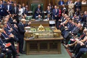 Một loạt bộ trưởng Anh lại đòi từ chức nhằm thách thức ông Johnson?