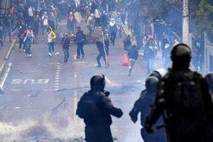 Ecuador rời thủ đô, giới nghiêm toàn quốc vì biểu tình bạo lực leo thang