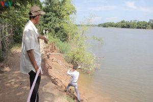 Gần 120 km bờ sông ở Quảng Trị bị sạt lở nghiêm trọng sau mưa lũ