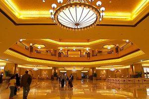 Bên trong khách sạn dát vàng 3 tỷ USD ở Abu Dhabi